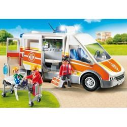 Ambulancia con luz y sonido.